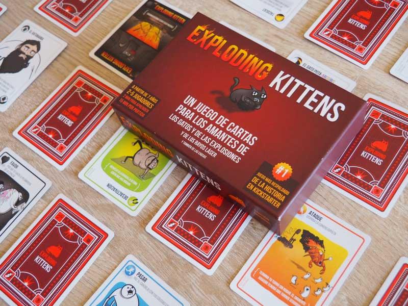 Juego de cartas donde deberás de huir de las explosiones