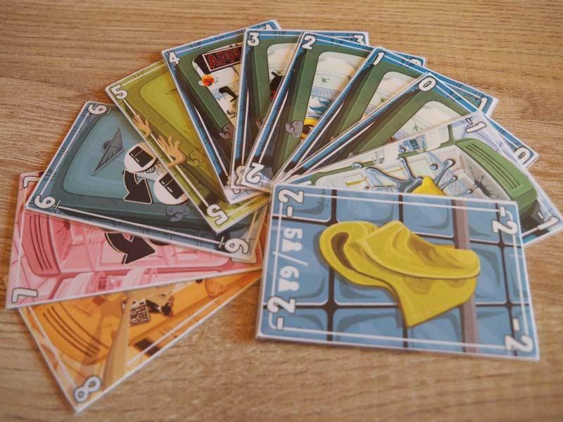 Dirty Fridge y las cartas con las que podrás limpiar (o no) tu nevera