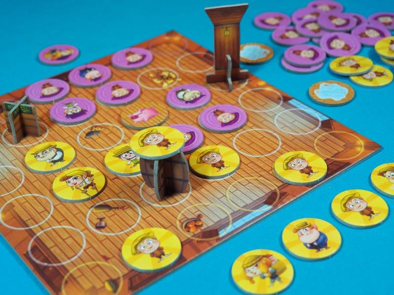 Jugando una partida a Hatflings!