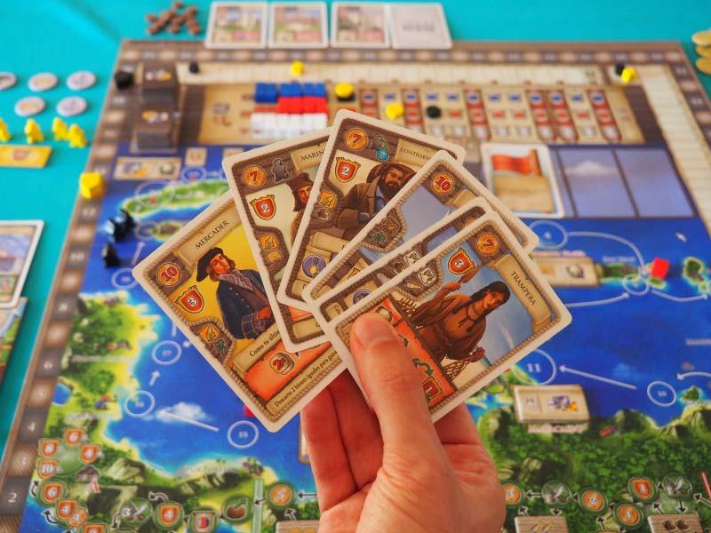 Mi mano de cartas de proyecto de Maracaibo. ¿Cuál me conviene jugar?