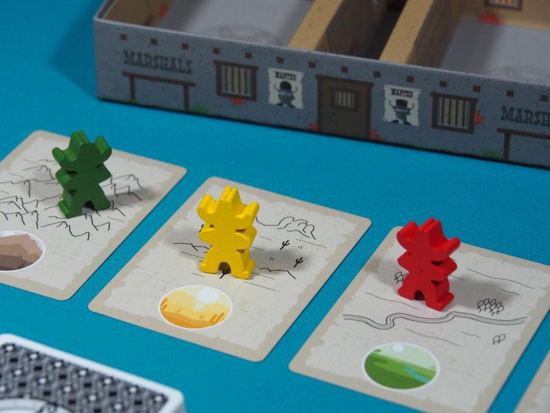 Detalle de los jugadores buscando en diferentes zonas