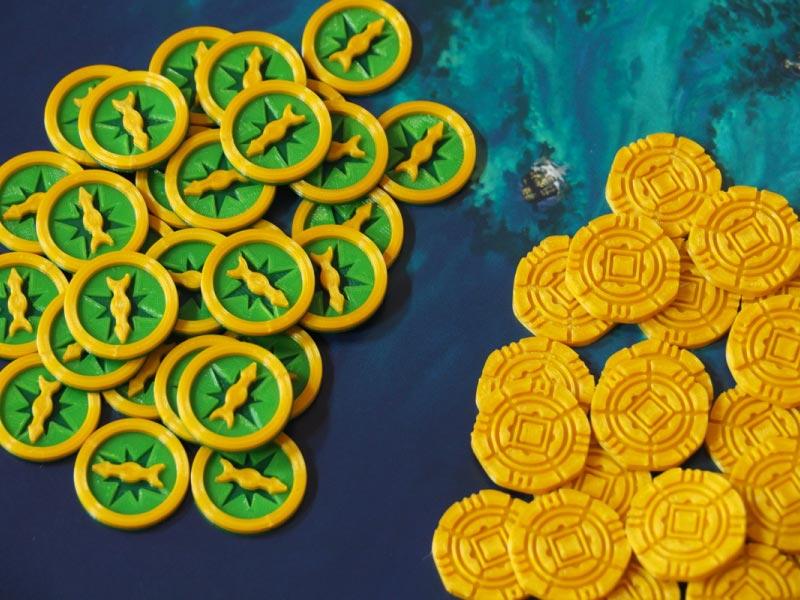 Brújulas y monedas de oro impresas por 3Deiros