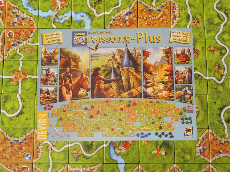 Competid por la mayor influencia en Carcassonne Plus de Devir Iberia