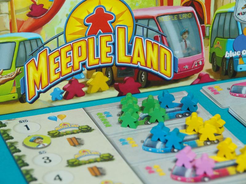 Un colorido y festivo juego para todos los públicos
