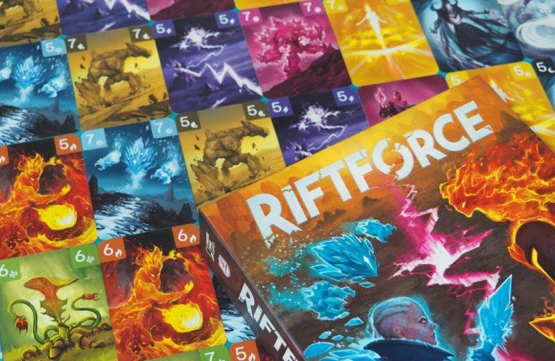 Riftforce, el juego de mesa por la lucha del poder eterno